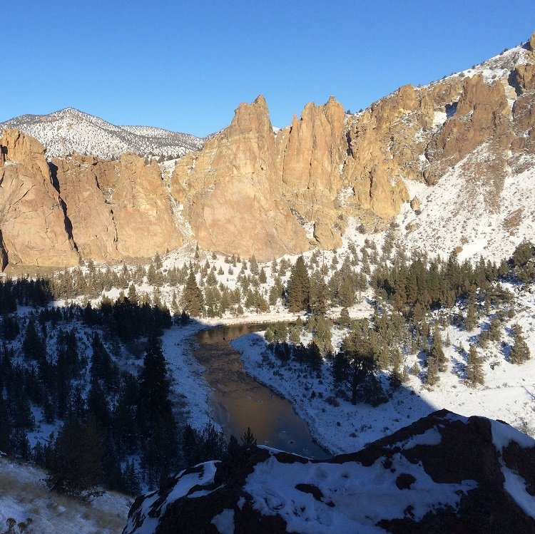 The Monument Area - Smith Rock Climbing