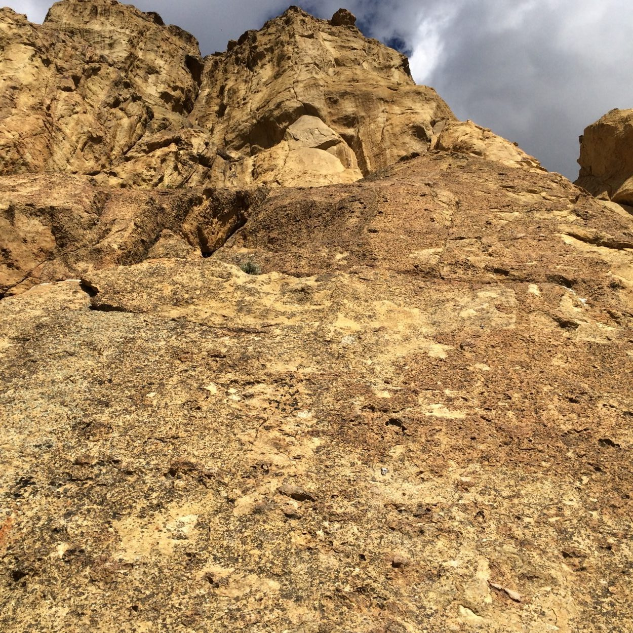 Round There - Smith Rock Climbing