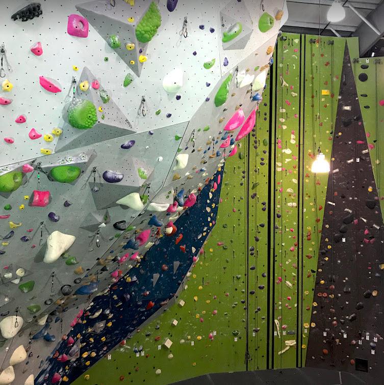 Planet Granite Portland - Lead Climbing