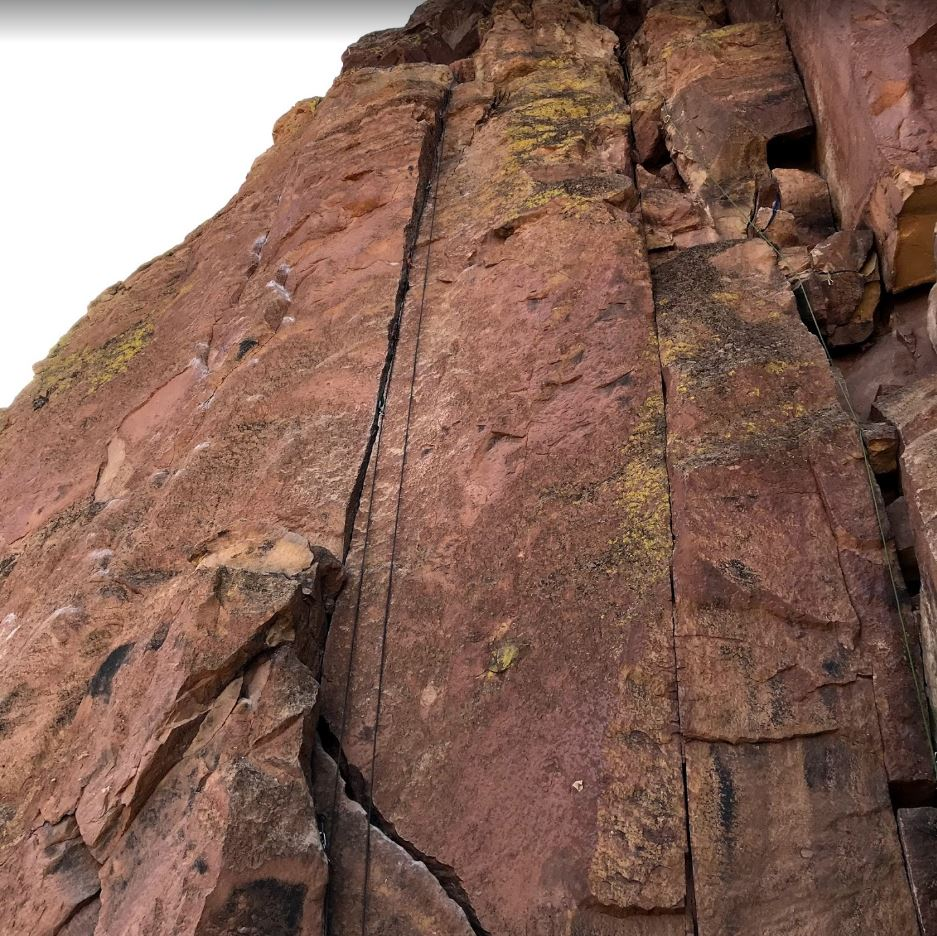 Chouinard's Crack - Smith Rock Climbing